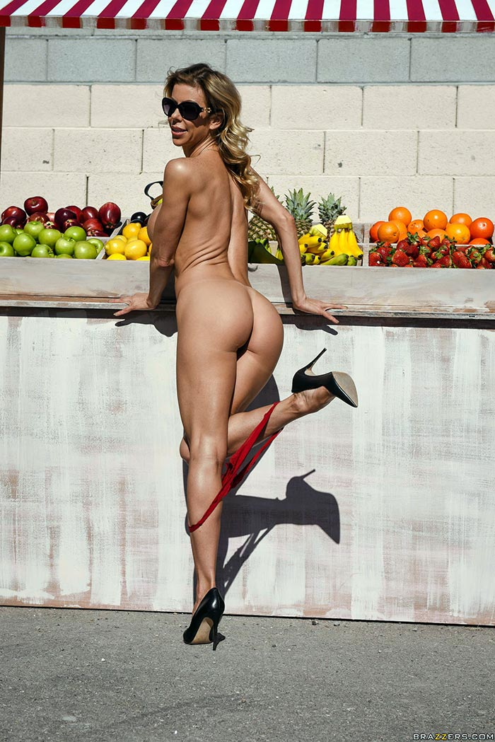 Milf at the fruit stand