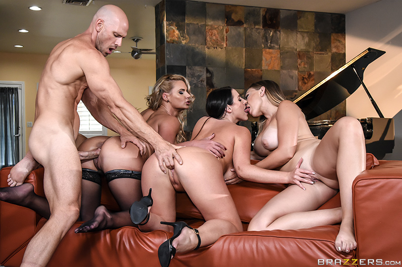 Alexis monroe gets invited to a nudist spa and loves it 2