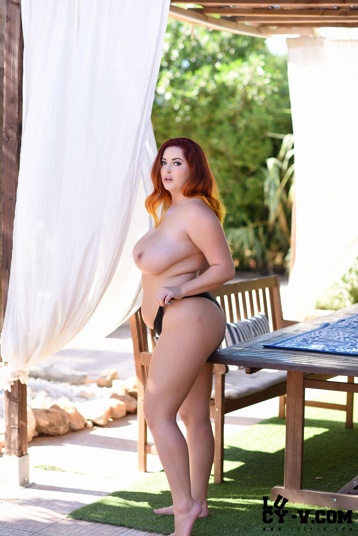 naked natural women pics