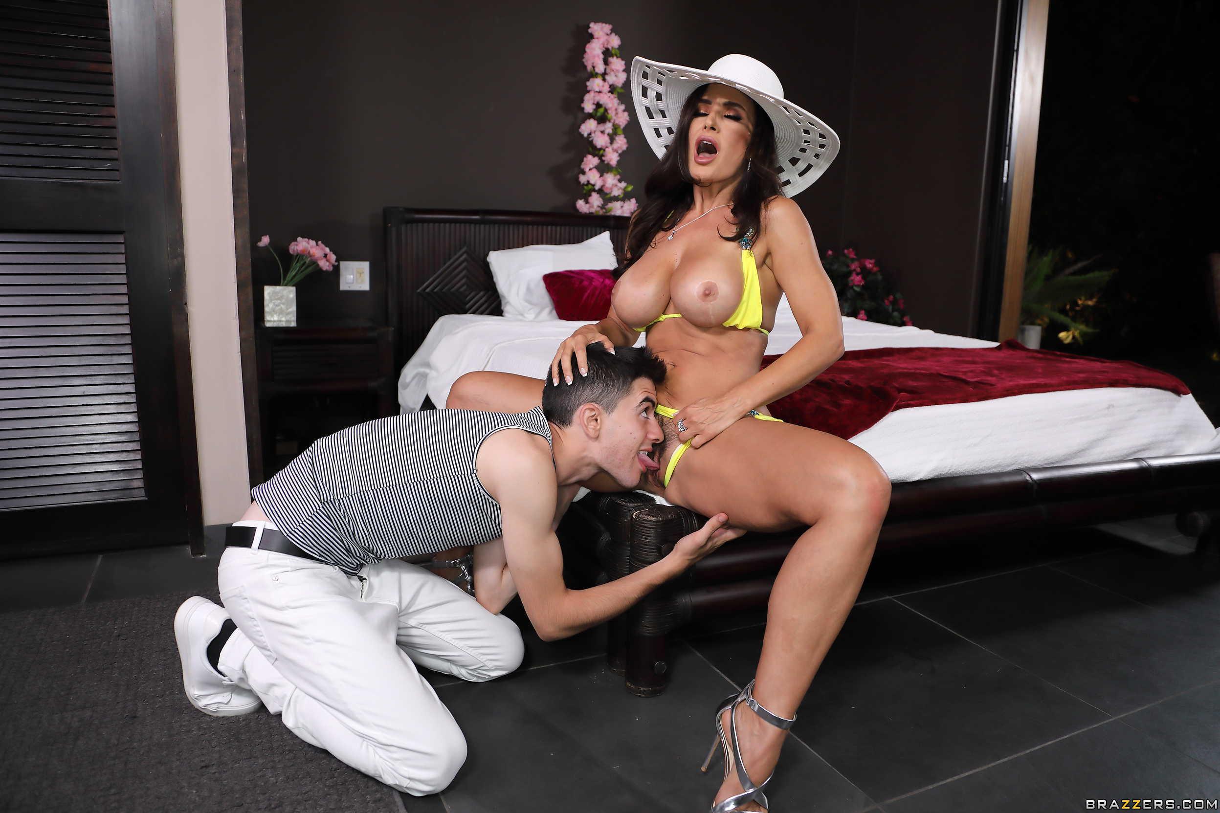 lisa ann with boy sex
