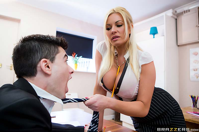 busty-teacher-michelle-thorne-spanglish-lessons01
