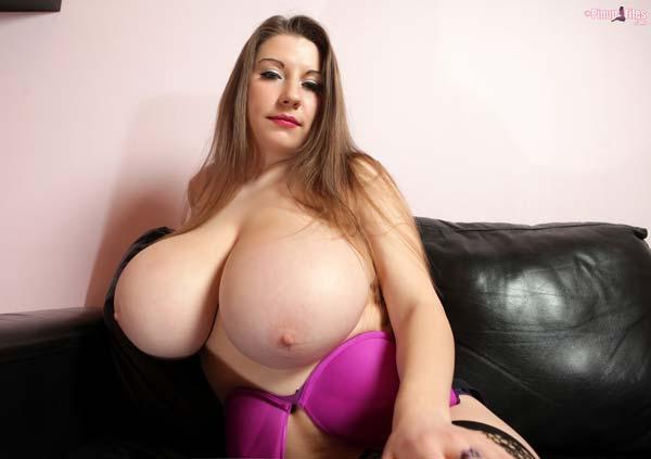 incredible-32j-samanta-lily-in-purple-passion515
