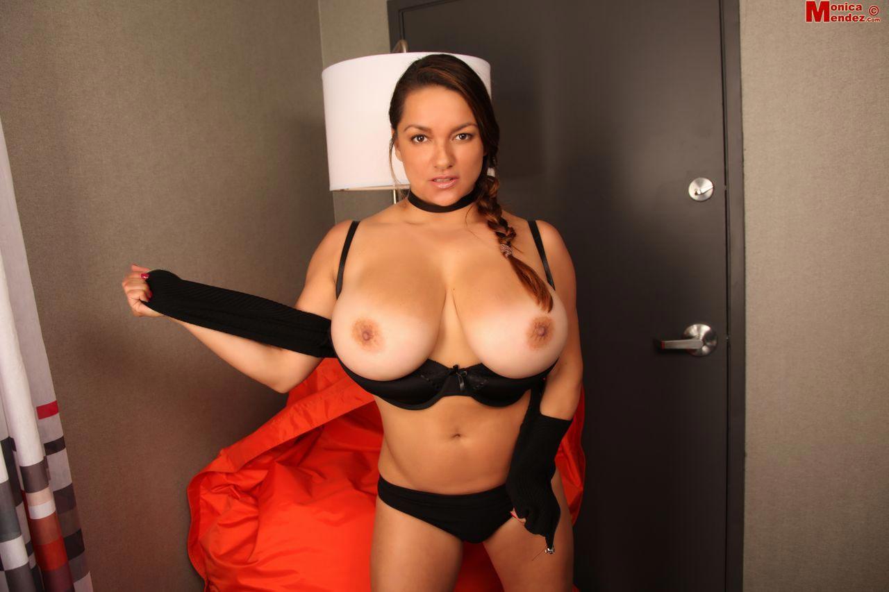 5-monica-mendez-in-halloween-lingerie