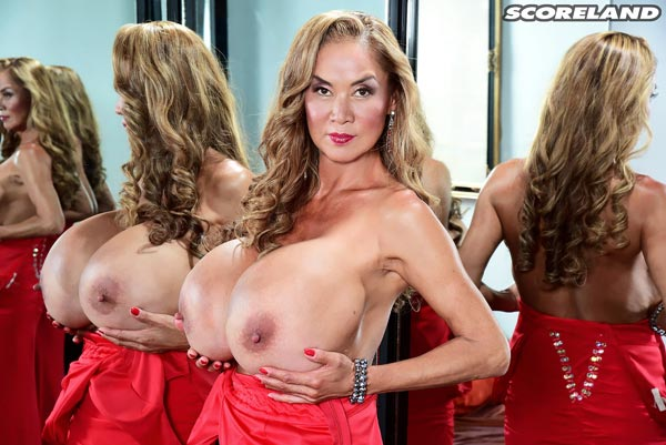 minka-returns-with-this-red-dress10