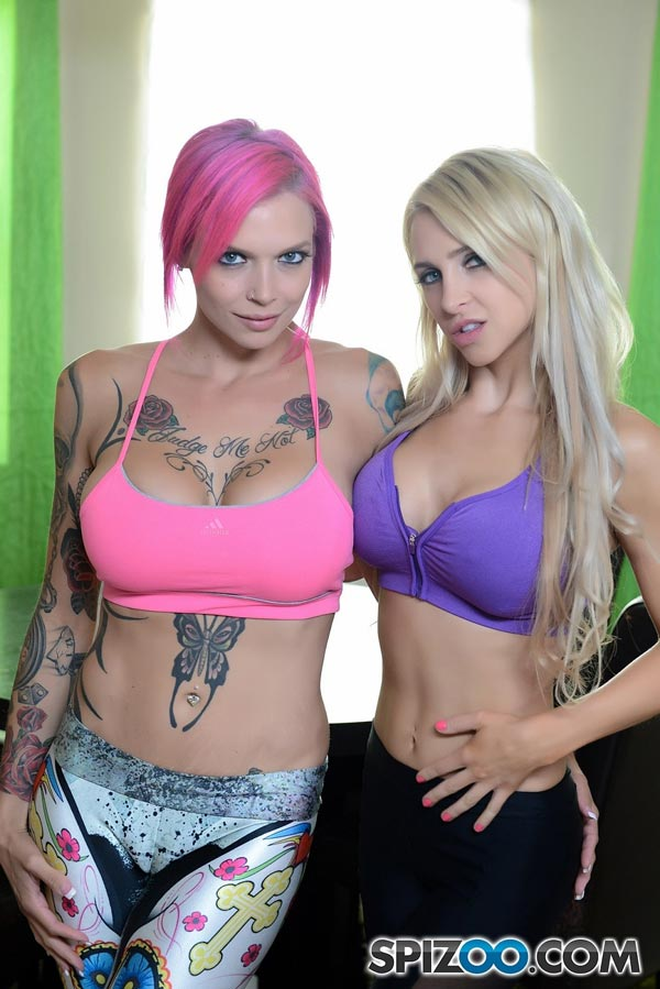 Anna Bell Peaks Panty Stuffing
