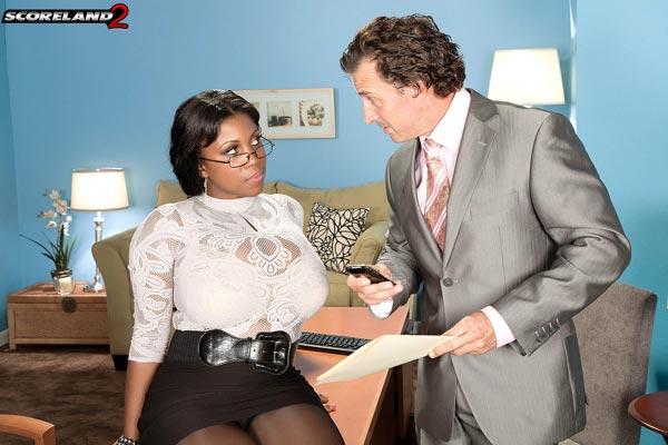 mega-busty-ebony-babe-maserati-gets-the-job02