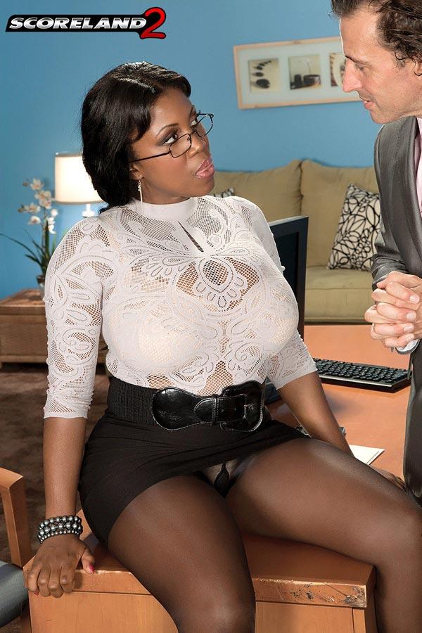 mega-busty-ebony-babe-maserati-gets-the-job03