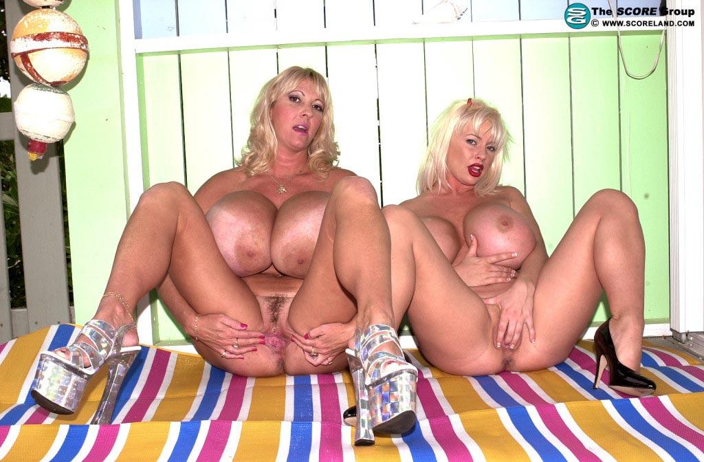 Show sex maxi mounds