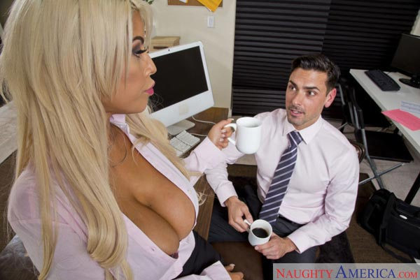 Boss Fucks Hot Secretary