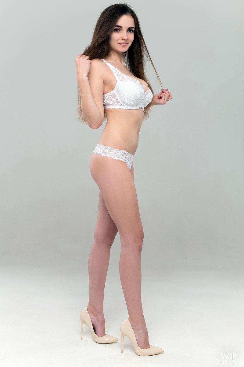 Hot Girl Perfect Body Big Tits