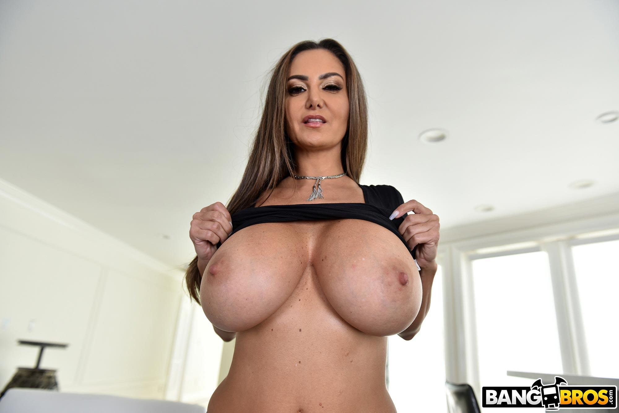 Ava addams lets pervert stepson enjoy her monster boobs