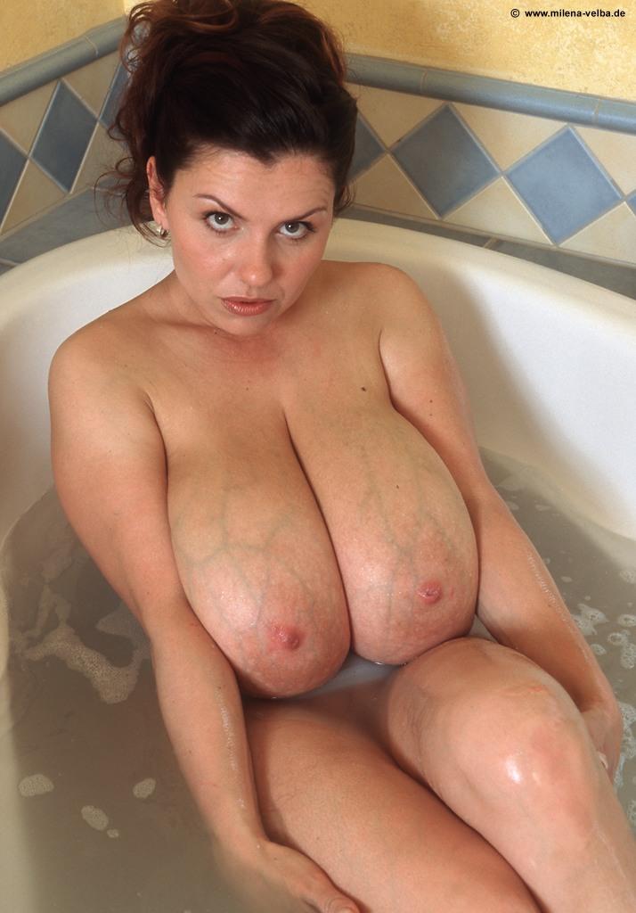 Alice amter nude