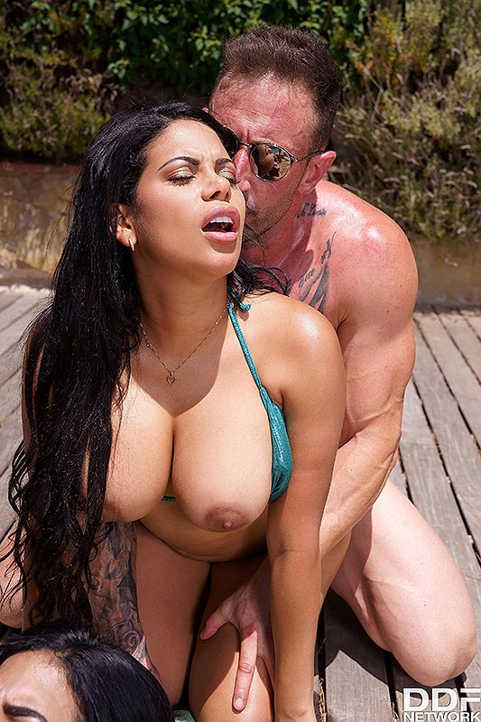 Chick body builder gets fucked hard video